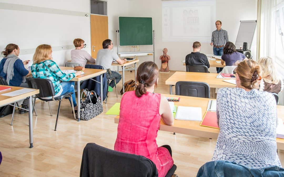 neu: Vormittags Ausbildung für Heilpraktiker / Start 12. Oktober 21